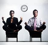 Йога в офисе: упражнения при работе за компьютером. Разминка на работе