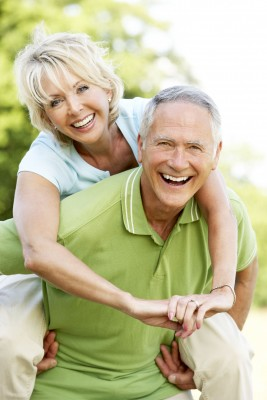 Как сохранить молодость? 5 принципов здорового образа жизни уберегут от развития серьезных хронических заболеваний.