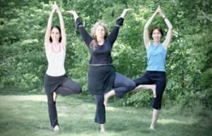 Йога для здоровья и молодости в парках Москвы