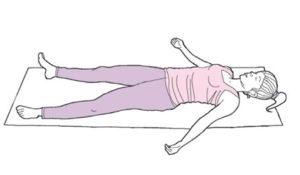 Позы йоги для сна: поза Трупа (Шавасана) с диафрагмальным дыханием