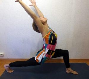 Мини-комплекс йоги для футболистов. Высокий выпад